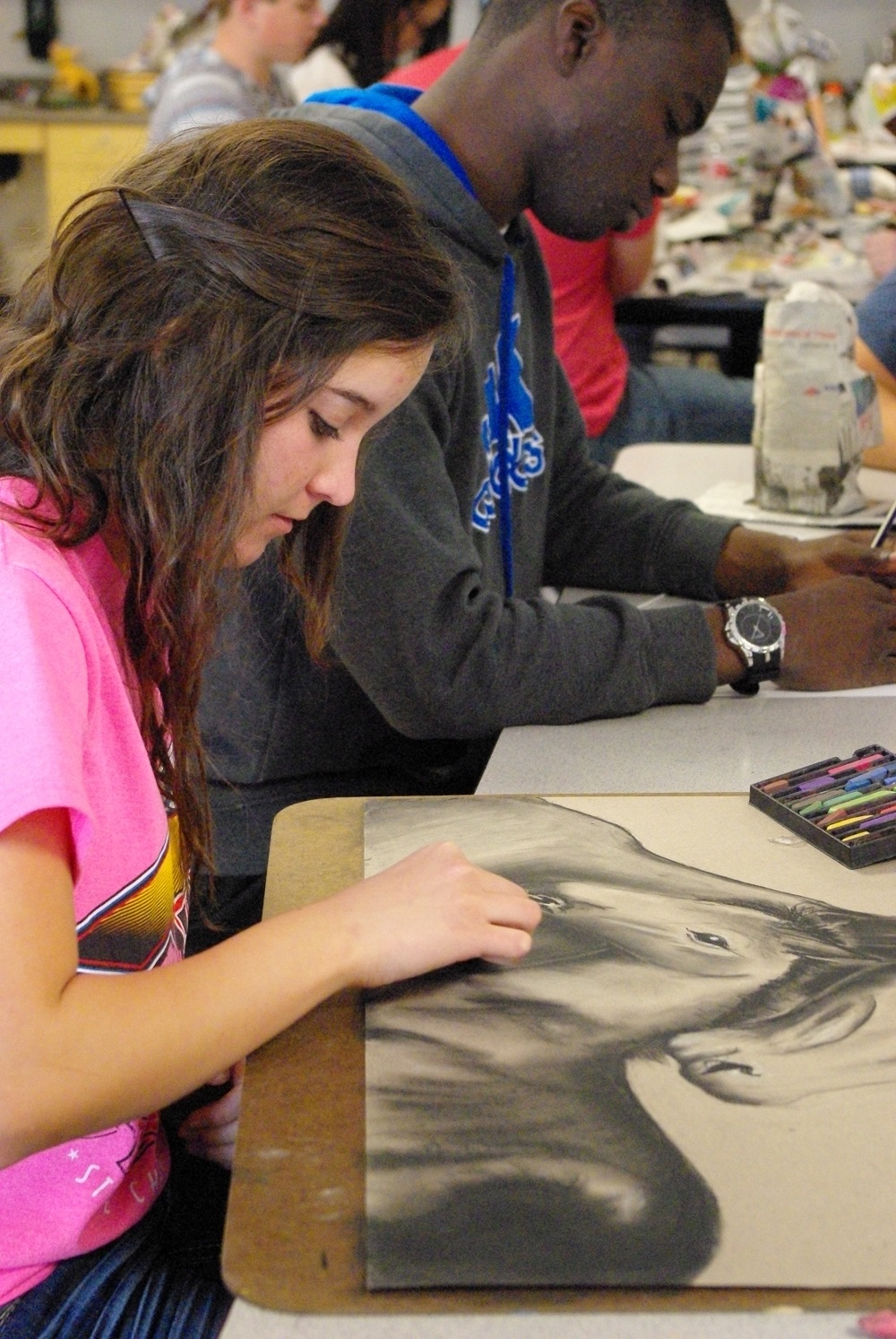 Williams Field hosts first ArtFest wfhs-artistInside