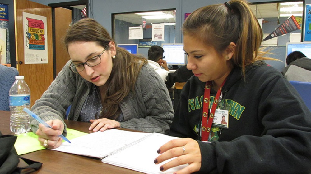 Arizona students' access to school counselors declines, while need rises SchoolCounselorHP