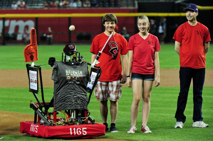 Paradise Valley students' robot throws first pitch at Diamondbacks game PitchingRobot