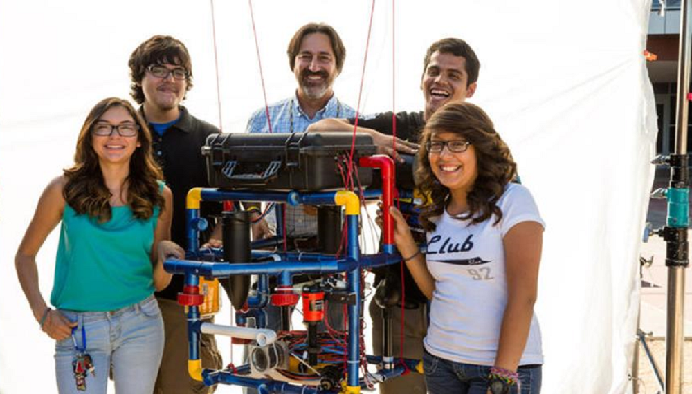 "Carl Hayden Teacher Fredi Lajvardi, Diserea Sanders, Student, Sergio Gorral, Student, Martin Carranza, Student And Isela Martinez, Student With Stinky In The Movie ""Underwater Dreams."" Photo Courtesy Of Richard E. Schultz/50 EGGS"