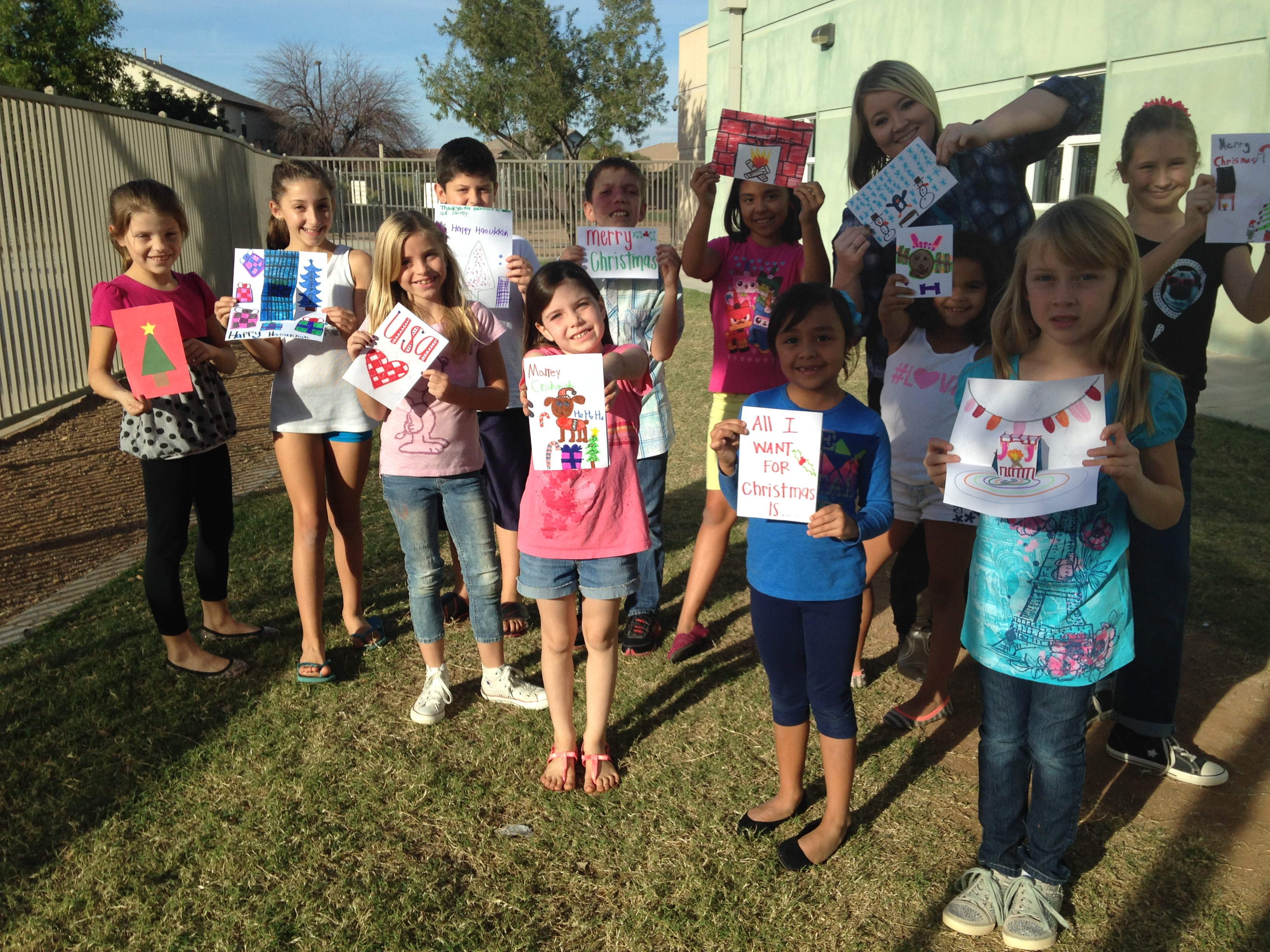 Higley students create 'Smiles' for soldiers PowerRanchSendaSoldierASmile