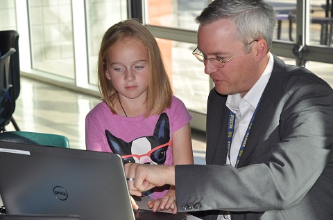 Phoenix Union hosts Hour of Code for students, community leaders HourofCodeInside