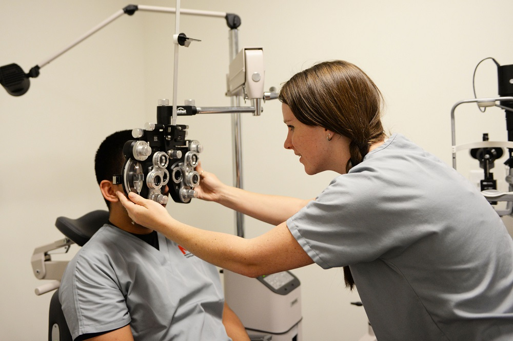 Ophthalmic assistant program receives international accreditation OpthalmicAssistant