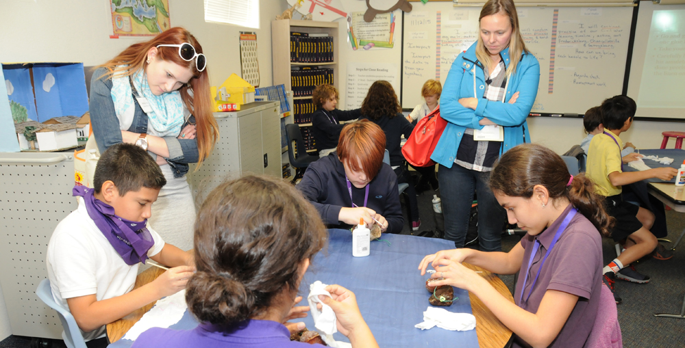 Members Of The NAGC Convention Observe ASPIRE Students In Action. Photo Courtesy Of Tempe Elementary School District