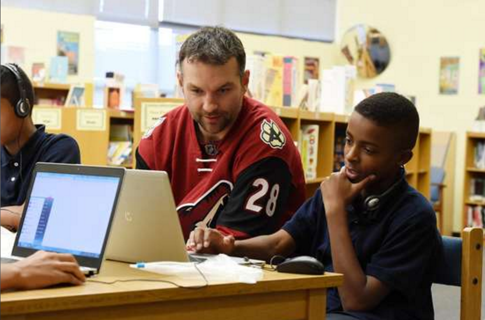 Arizona Coyotes launch new course to help students build STEM skills ArizonaCoyotesEverFi