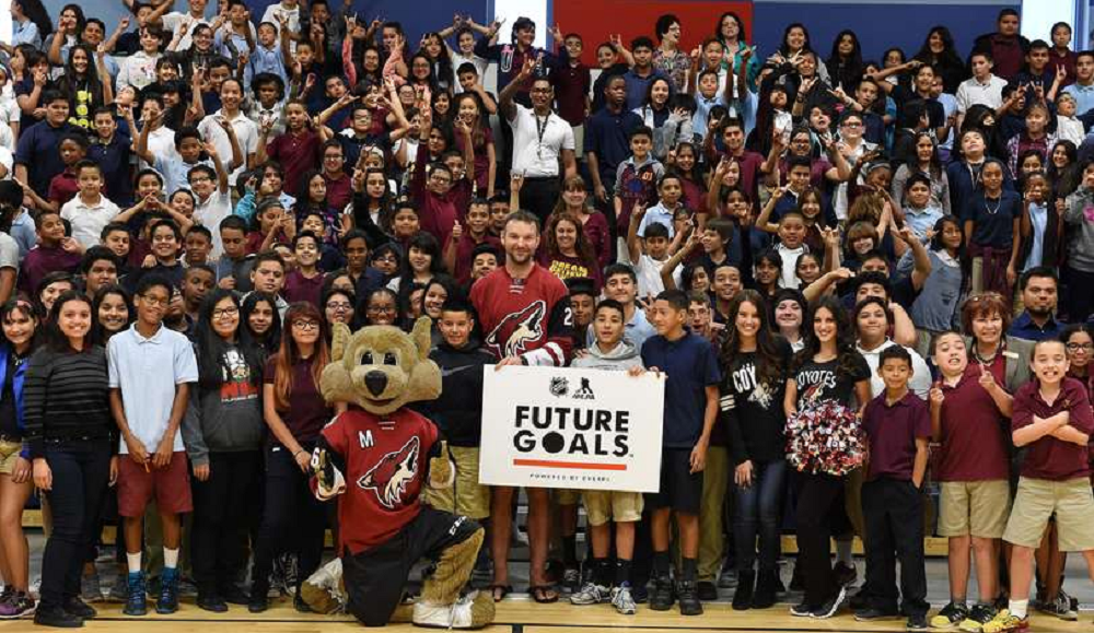 Arizona Coyotes launch new course to help students build STEM skills ArizonaCoyotesEverFiFutureGoalsWithStudentsInside