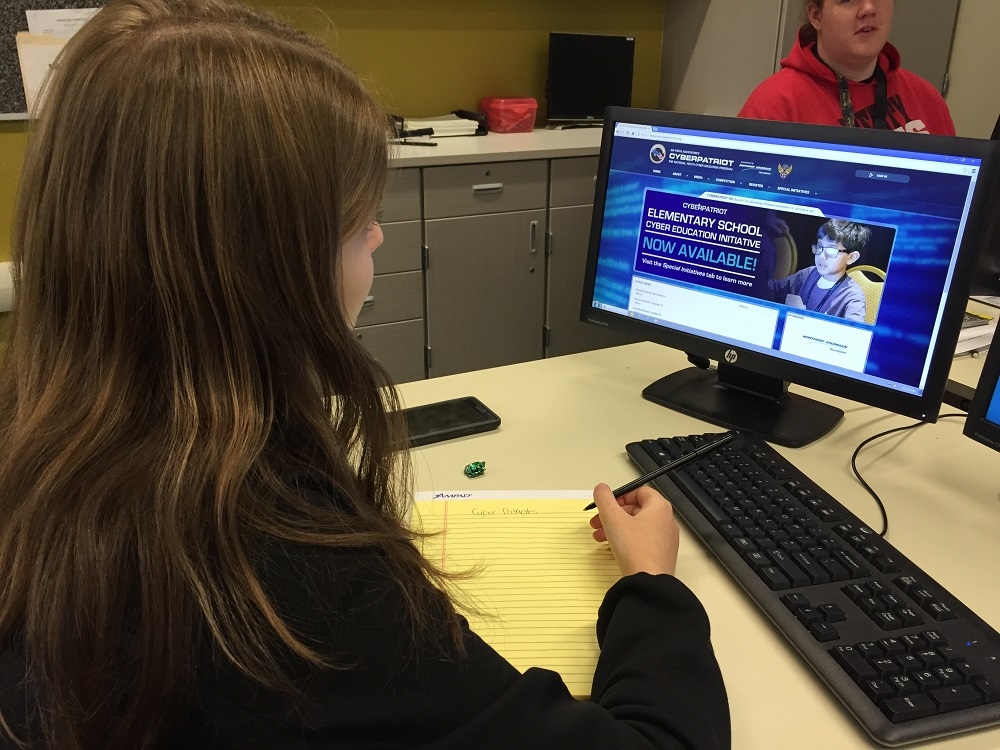 Peoria Unified students in cyber defense competition MET-CyberPatriot-CompetitionInside