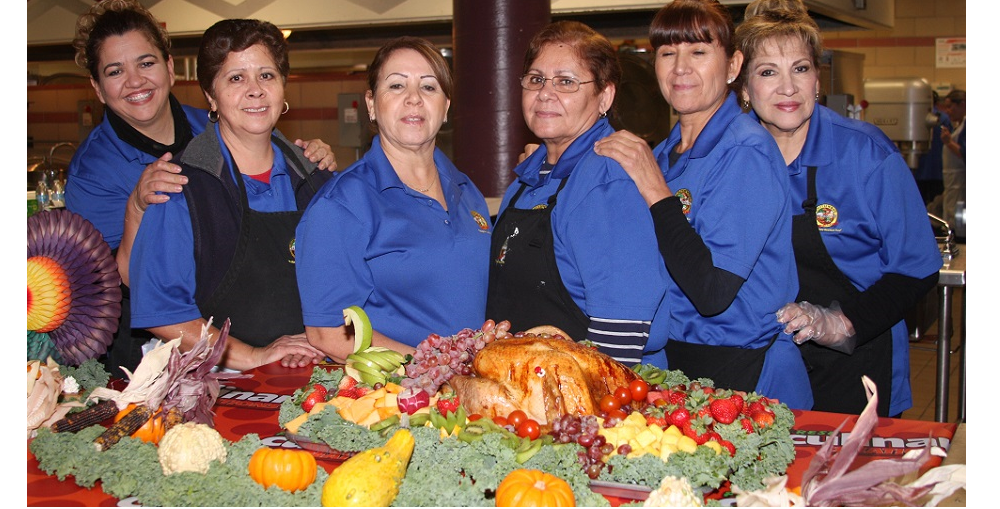 The Food Service Staff At Sunnyside Unified Take Pride In The Thanksgiving Meal They Prepare And Serve To Students, Their Family Members, And School Staff. Photo Courtesy Of Sunnyside Unified School District