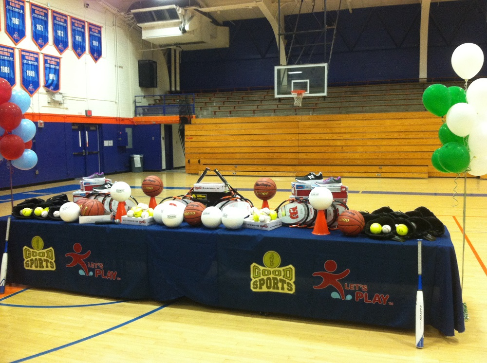 Good Sports donates sports equipment to 4 Phoenix schools GoodSportsEquipment
