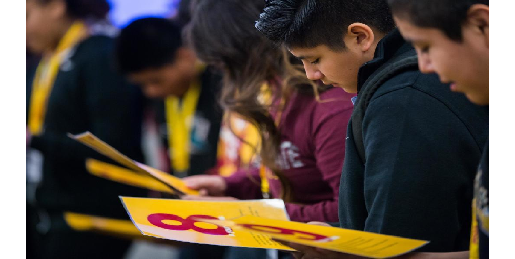 "Students Take A Look At Their ""rankings"" Before An Exercise In Learning How Habits Can Lead To Success In College Jan. 25. Photo By Deanna Dent/ASU Now"