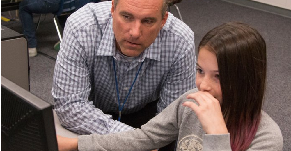 Mark Andrews, Principal At Summit Academy, Works With A Student. Summit Academy Was One Of Nine District Schools Named A 2016 A+ School Of Excellence™. Photo By Tim Hacker/Mesa Public Schools