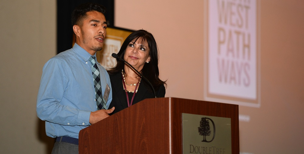 Maricopa Community Colleges Chancellor Dr. Maria Harper-Marinick, Right, Introduces Alejandro Rojas, Center, Who Is Now Receiving Career Training Through Year Up And Maricopa Community Colleges, At The Southwest Pathways Conference. Photo Courtesy Global Pathways Initiative
