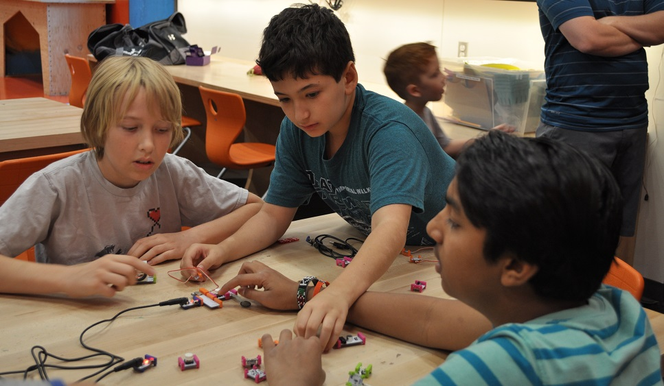 Can STEM wire students for success? SmallGroupLittleBits