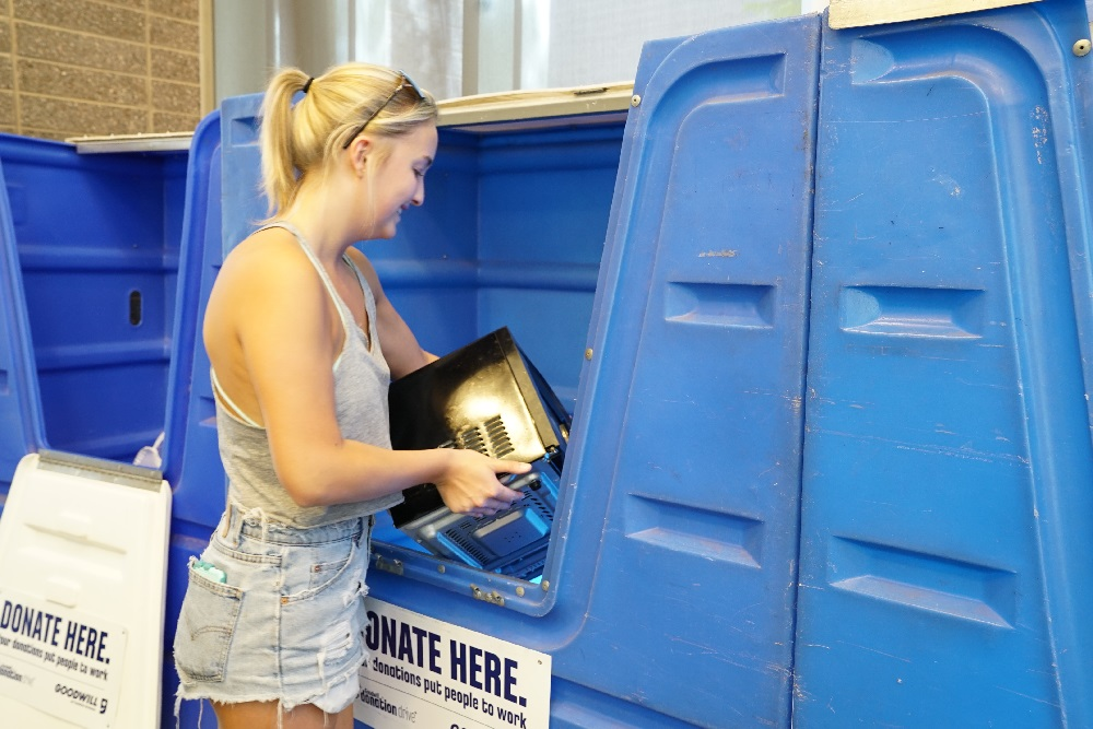 ASU students save 105,000 pounds of items during Ditch the Dumpster ASUDitchTheDumpsterInside