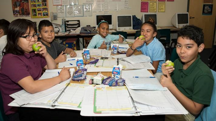 50+ Maricopa County schools now serving breakfast in the classroom BreakfastInTheClassroomGroupAug23