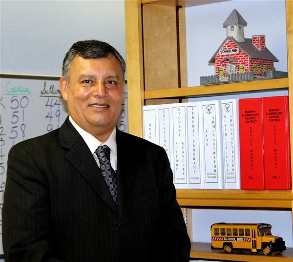 Shortage has school leaders attracting teachers in new ways Jose-Diaz-MurphyElementary