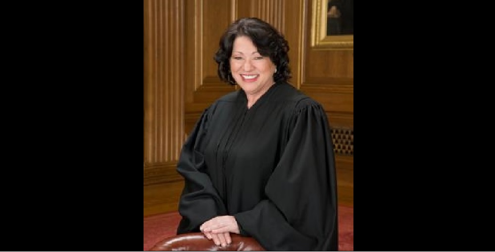 Supreme Court Justice Sonia Sotomayor Will Receive The Leadership Award During The 2016 Hispanic Heritage Awards That Will Be Broadcast On Arizona PBS On Friday, Sept. 30 At 9 P.m. Photo Courtesy Of Arizona PBS