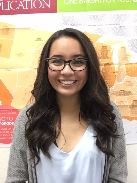 Rio Rico High School seniors selected as finalists in college match program Areli-Diaz_5746