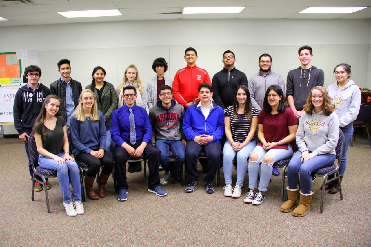 Rio Rico High School Students Receive Awards From Cambridge International Examinations