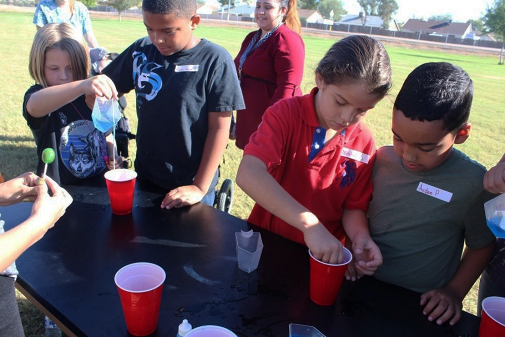 Students In The Water Investigations Academy Program At Pendergast Elementary School District Learn About Different Aspects Of Water In The Classroom, They Analyze It On A Field Trip To The Salt River And Then Take Part In Discussions With An Expert On The Subject. Photo Courtesy Pendergast Elementary School District