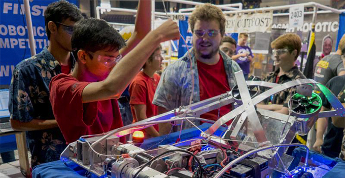 Building A Robotics Club At Your School: How Students Can Get Involved In STEM