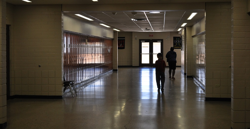 Schools, education advocates sue State of Arizona over capital funding (+ Video) LandmarkElementaryHallways