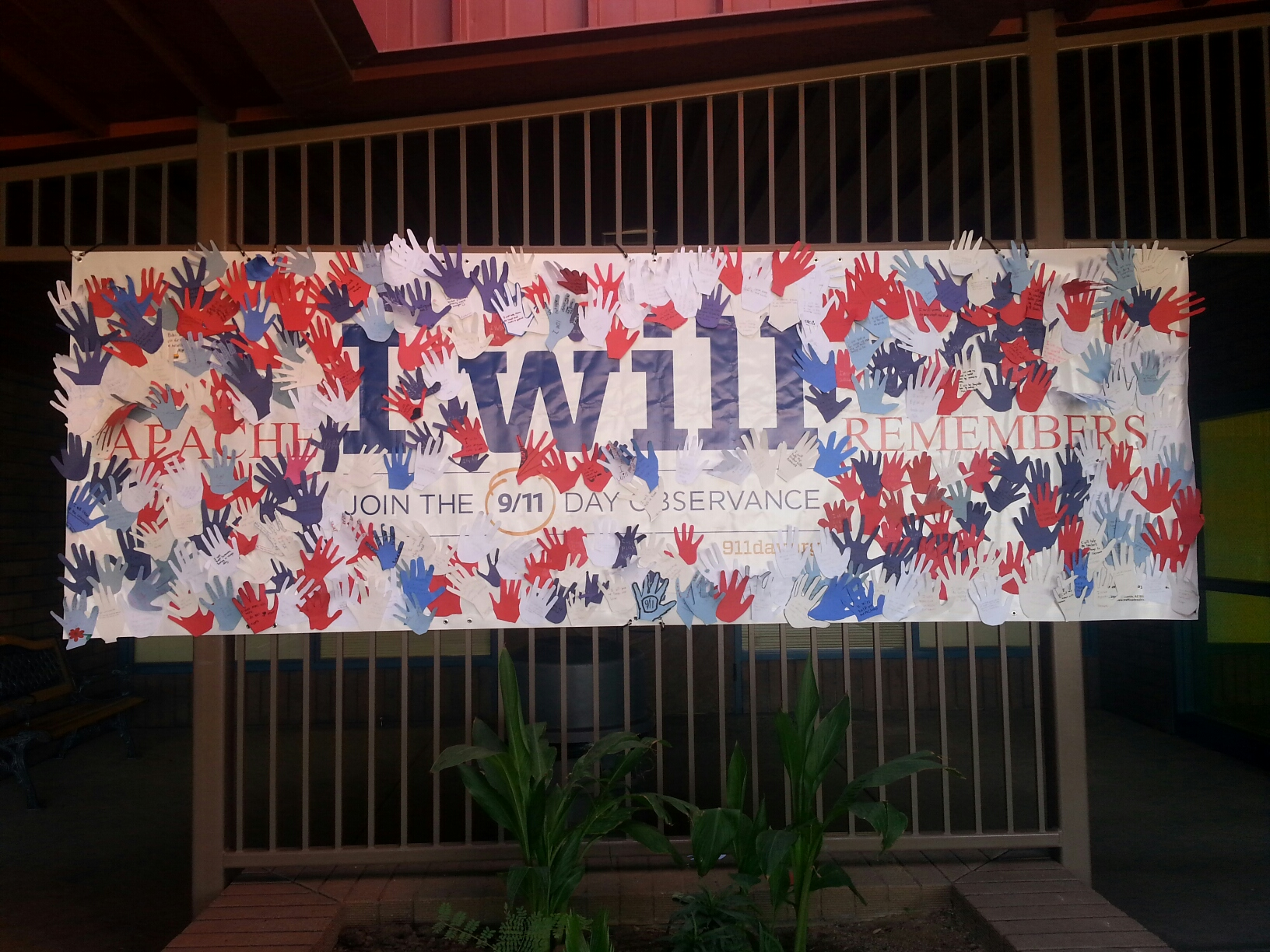 Poster At Apache Elementary School In The Peoria Unified School District In Remembrance Of 9/11. Photo Courtesy Of Peoria Unified School District
