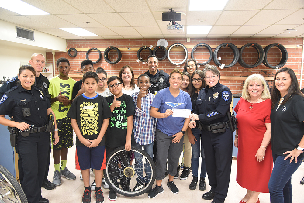Gililland Recycle A Bicycle Class With Tempe Police Officers And Tempe Elementary School District Superintendent Christine Busch. Photo Courtesy Tempe Elementary School District
