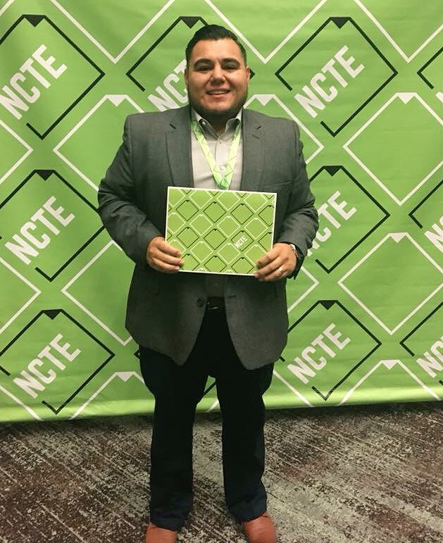 English Teacher Steven Arenas Received An Early Career Educator Of Color Leadership Award At The National Council Of Teachers Of English Conference In St. Louis. Photo Courtesy Phoenix Union High School District