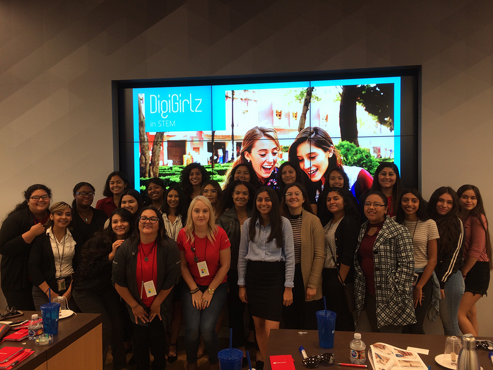 Twenty-one North High School Students Attended The DigiGirlz Event November 21 At The Microsoft Store In Scottsdale, Where They Interacted With Microsoft Staff And Management To Gain Exposure To Careers In Business And Technology And To Get An Inside Look At What It's Like To Work At Microsoft. Photo Courtesy Of North High School