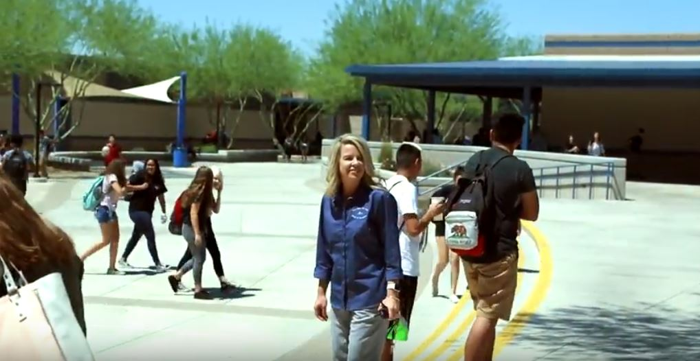 Kim Crooks, Principal Of Deer Valley High School, With Students Returning To Classes From Lunch In Glendale. Photo By Brooke Razo/AZEdNews