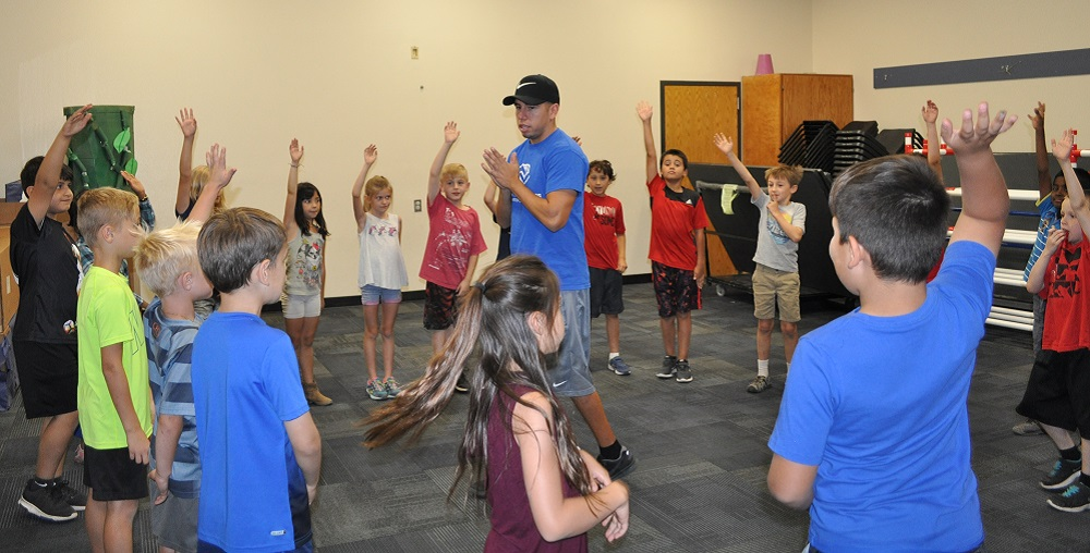 An Intramural Coach From Boys & Girls Clubs Leads Laguna Elementary School Students In An Activity During Lunch Recess. Photo By Lisa Irish/AZEdNews