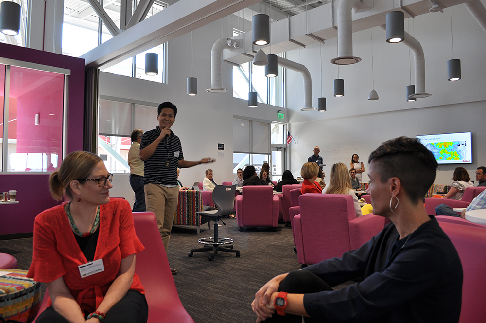 Slideshow: The Innovative Learning Environments and Teacher Change project symposium at Canyon View High School Wen-Wen