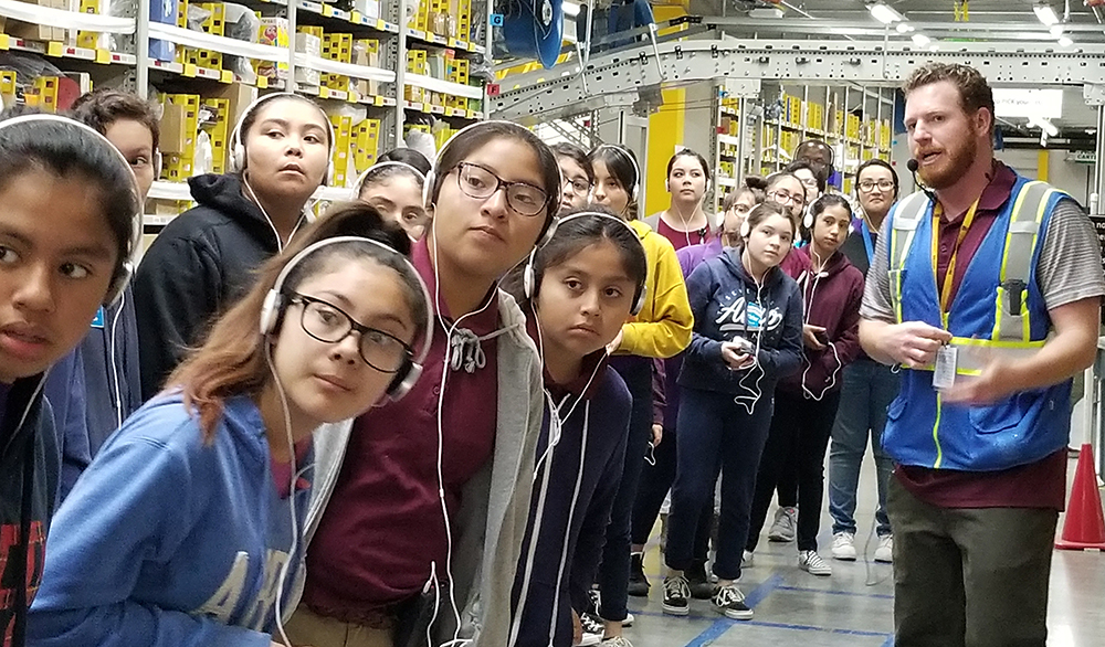 Nearly 30 Middle School Girls From Pueblo Del Sol Elementary In Phoenix Got The Chance Meet With Female Leaders From Amazon To See First-hand How Technology Comes To Life With A Behind-the-scenes Tour Of An Amazon Fulfillment Center. Photo Courtesy Amazon Fulfillment