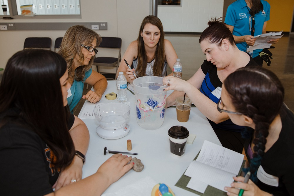 Teachers become students in unique STEM learning opportunity 1000-APS-Palo-Verde-Teacher-Education-Day-2019-4N1A1031-photo-by-Maya-James-at-Office-of-Maricopa-County-School-Superintendent