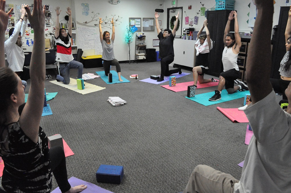 Moonstone Yoga Owner And Instructor Jen Shifler, Left, Leads Sun Valley High School Students And Their Teacher In A Yoga Session On June 13, 2019. Photo By Lisa Irish/AZEdNews
