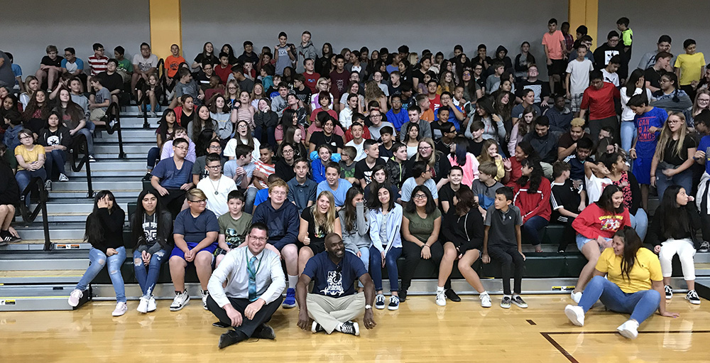 Students And Staff At Tonopah Valley High School And Ruth Fisher Middle School Learned Firsthand How Powerful Hope Can Be In Overcoming Life's Many Challenges To Achieve Happiness And Success, Through A Symposium Called The Soul, Science And Culture Of Hope, Featuring Antwone Fisher And Rick Miller. Photo Courtesy Of Saddle Mountain Unified School District