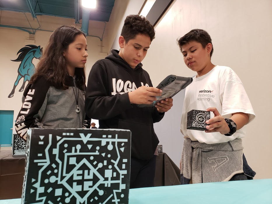 Verizon Innovative Learning gives Phoenix schools free tech for students 20190911_153739