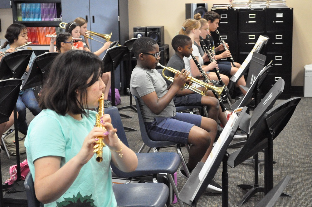 School's not out for teachers leading student activities Avondale-Summer-Band-Academy-1
