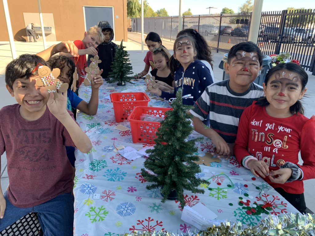 School, community help make students' holidays bright IMG_3493-1024x768