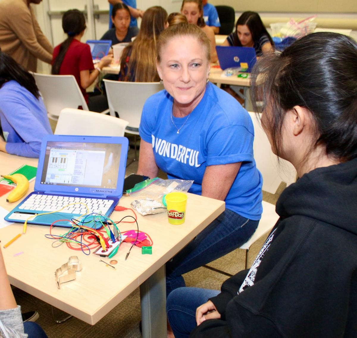 The Arizona Educational Foundation And Intel Are Providing 40 Teachers Throughout The State With A $2,500 Grant To Fund STEAM Projects. Photo Courtesy Arizona Educational Foundation And Intel