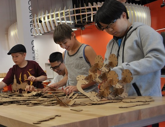 Middle School Students In Kyrene Community Education's Minecraft CREATE Cohort Work On Teamwork During An Activity At CREATE At Arizona Science Center On Saturday, May 7, 2016. Photos By Lisa Irish/AZEdNews