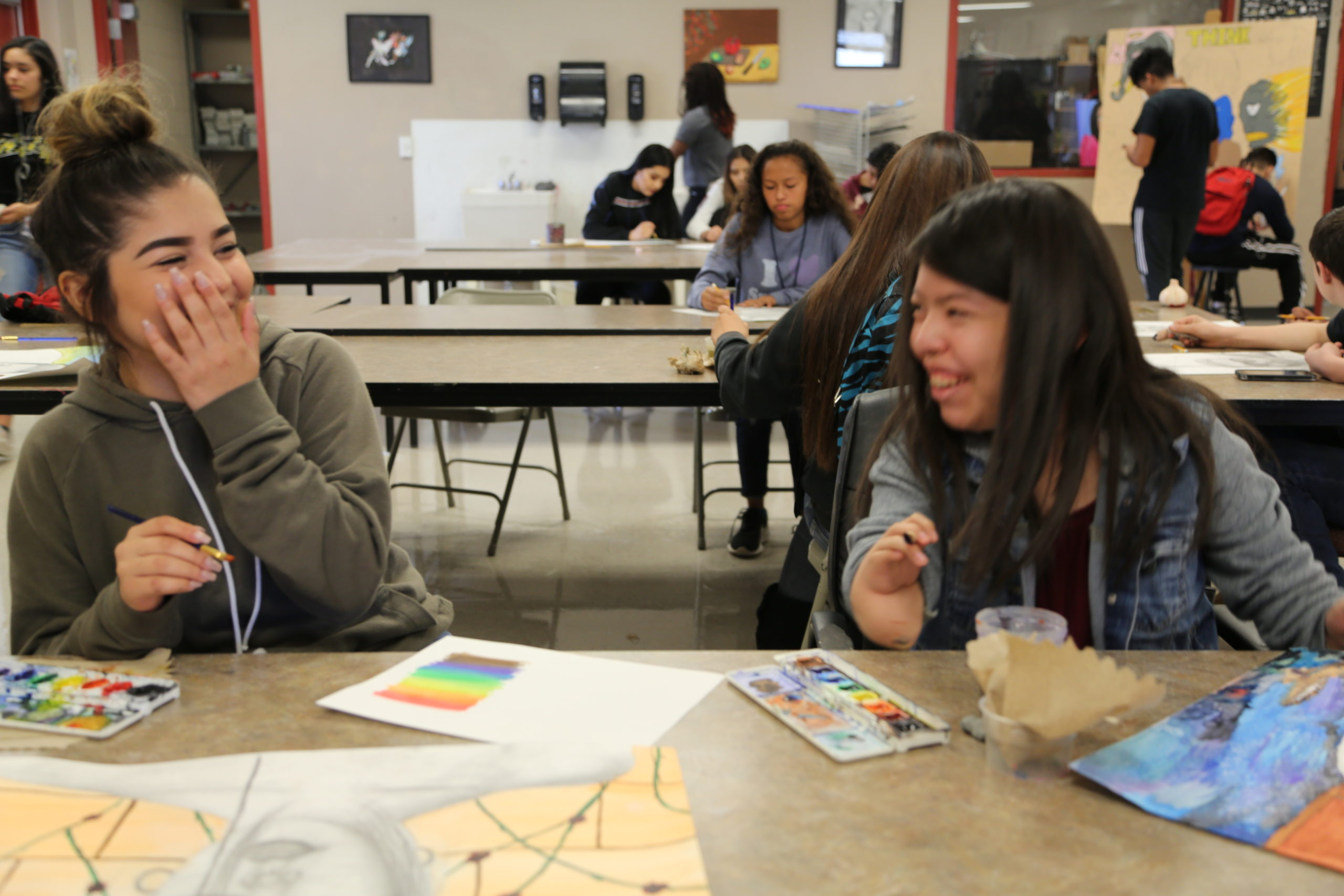 Students At Sierra Linda High School Catch Up With Each Other While Working On An Assignment In Their Art Class. Photo By Brooke Martinez/ AZEdNews