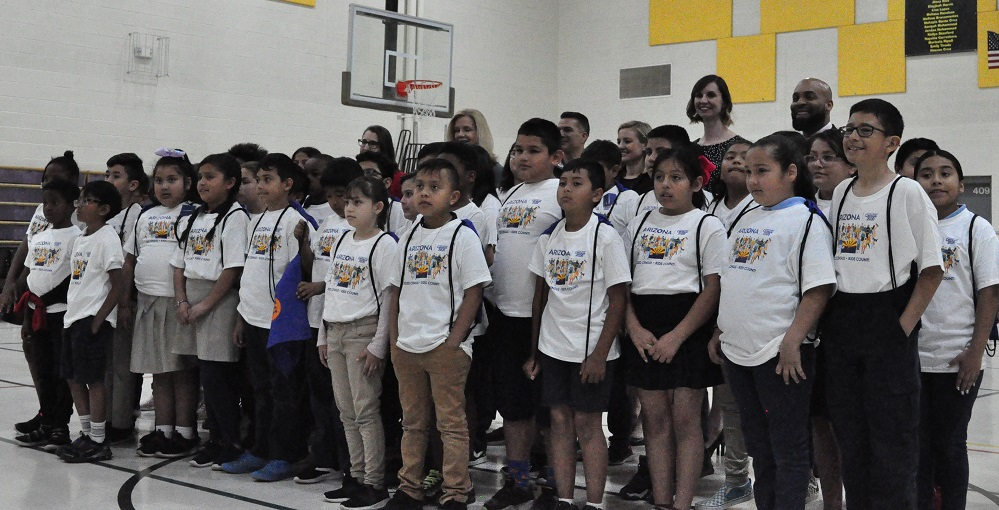 Ed And Verma Pastor Elementary Students, Phoenix Mayor Kate Gallego, Supt. Of Public Instruction Kathy Hoffman And Census 2020's Mabel Leal Take Part In An Arizona Kids Count Event On March 5, 2020 In Phoenix. Photo By Lisa Irish/AZEdNews