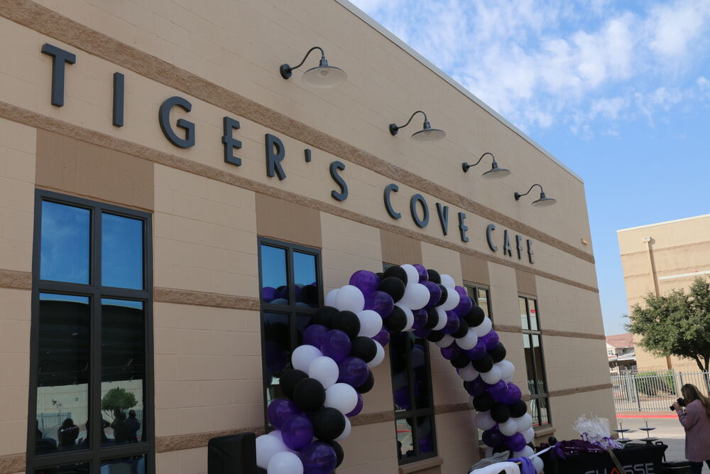 Tigers Cove Cafe At Millennium High School In The Agua Fria Union High School District.