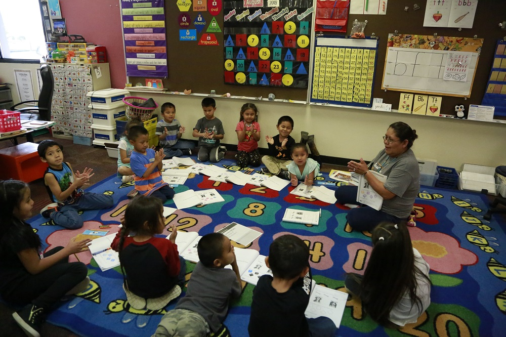 Students Take Part In An Activity With Their Teacher During Classes At A Kayenta Unified School District Campus. Photo By Brooke Razo/AZEdNews